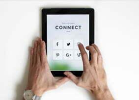 SOCIAL MEDIA SERVICE van strategie tot uitvoering en creatie van waardevolle content